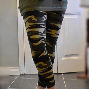 Pants - Army Green Camo Camouflage Print Leggings S M L